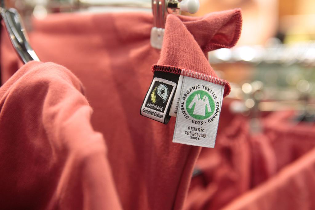 bio t shirt bedrucken organic shirts i fairtrade bedrucken mit ko druck. Black Bedroom Furniture Sets. Home Design Ideas